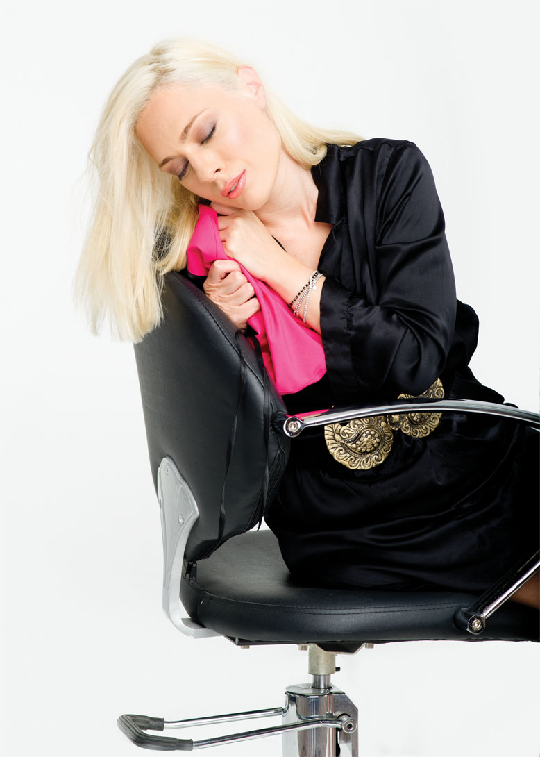 Giulia Nahmany Foto: Paul Buciuta / Revista Tango - Marea Dragoste