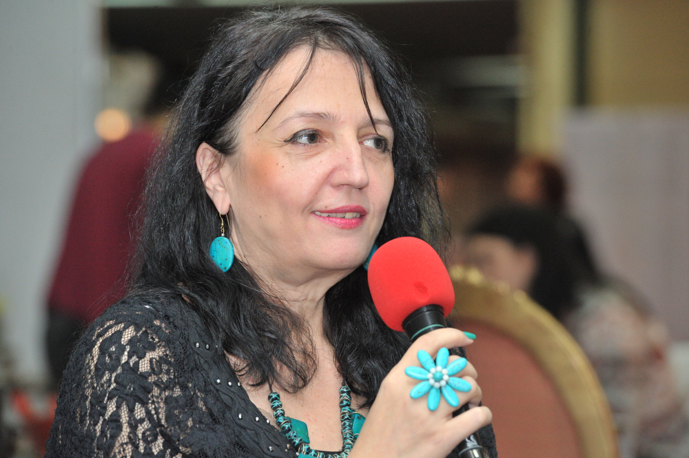 Simona Catrina; Foto: Paul Buciuta / Revista Tango - Marea Dragoste