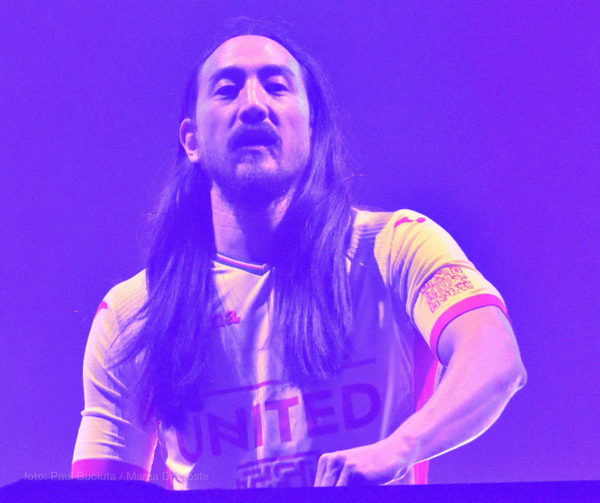 Steve Aoki pe scena festivalului UNTOLD 2017